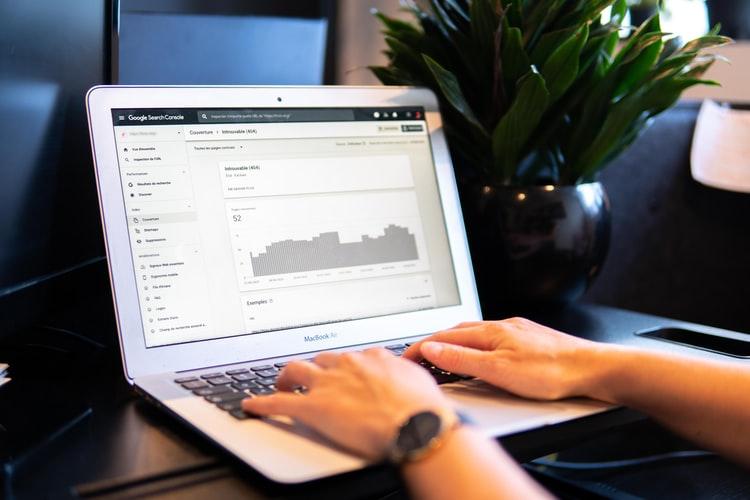 8 Tools SEO dari Google untuk Meningkatkan Traffic dan Bisnis Digital Anda